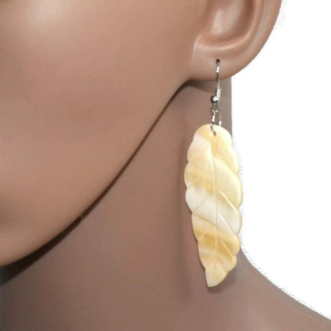 Chanderlier/drop Earrings Natural Mother Of Pearl Shell Cream Feather Earings Wear With Love
