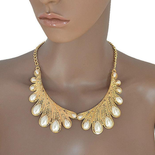 Necklace_Statement Scalloped Peter Pan Gold & Pearl Necklace Wear With Love
