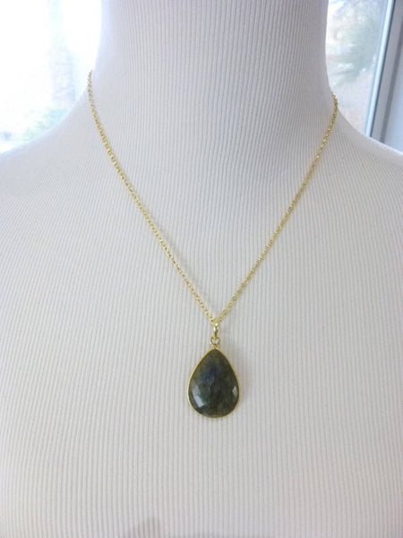 Labradorite Pendant Necklace, Chakra Necklace - Earth Energy Gemstones