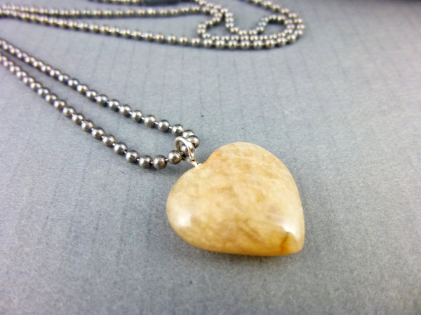 Peach Moonstone Heart Chakra Pendant - Earth Energy Gemstones