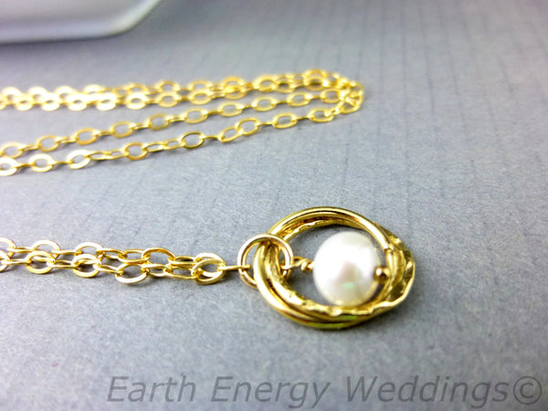 Single Freshwater Pearl Bridal Necklace, 14K Gold Fill