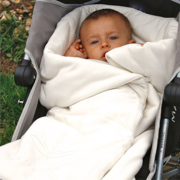 Soft baby bamboo wrap and winter blanket 2 in 1. Envelope shape to swaddle baby. Hypoallergenic for sensitive skin. Ecofriendly, vegan, natural color. Gift for newborn.