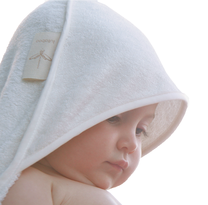 Soft hooded towel for baby. Absorbent. Healthy for sensitive skin, hypoallergenic. Ecofriendly, vegan, organic. Natural color.