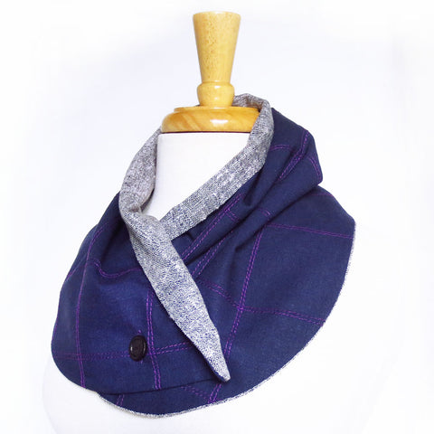 purple linen button scarf with stitched details and contrasting lining