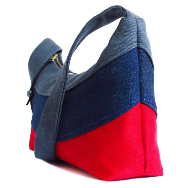 gently curving blocks of color make the holland everyday bag look great from every angle