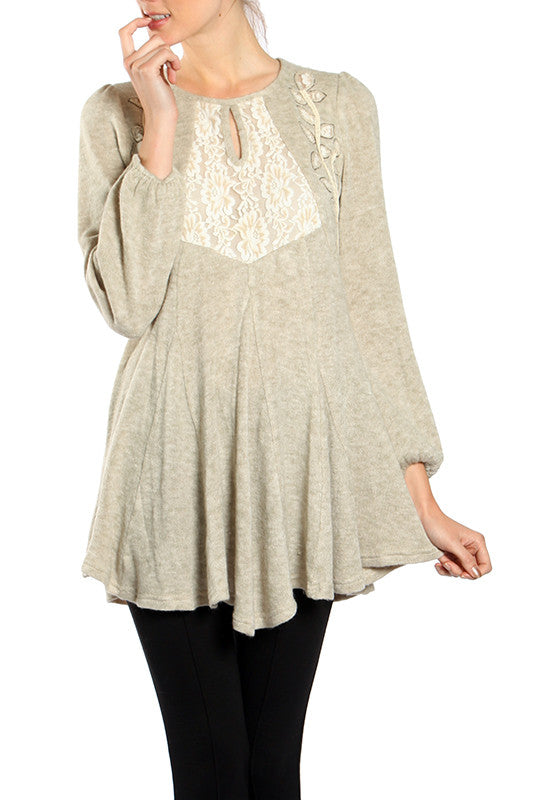 Center Lace Detailed Long Sleeve Top