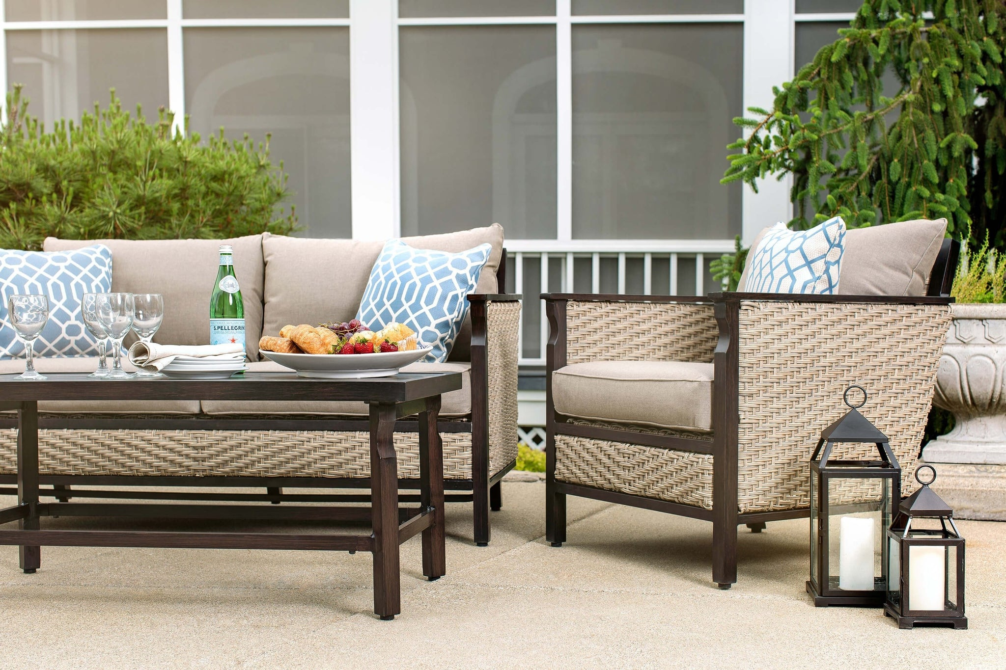 colton 4pc patio furniture set neutral grey wicker u2013 la z boy