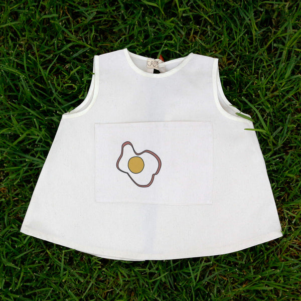 EGG PINAFORE