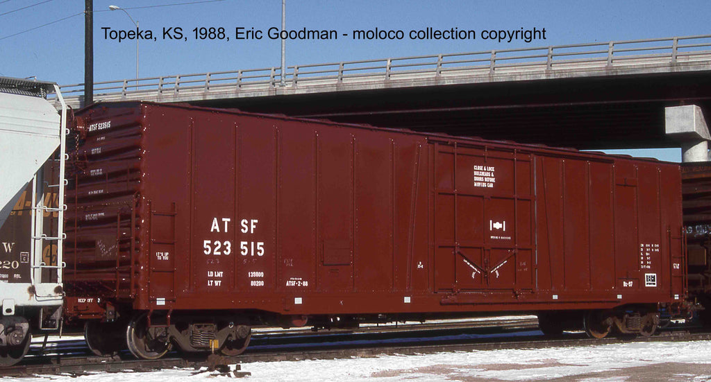 "22088  ATSF Topeka built Bx-97 50' XLI 10'0"" Offset Door, No Circle-Cross Repaint '88"