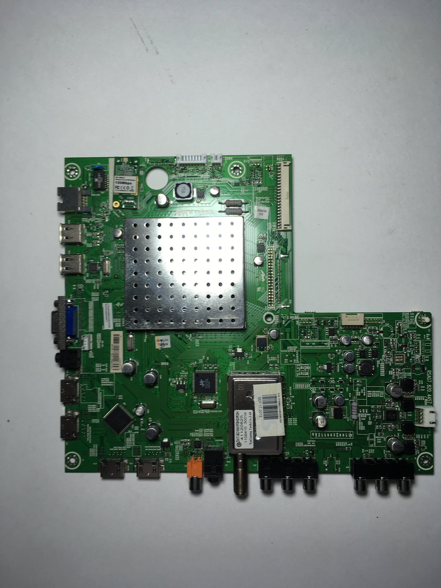 Hisense 161682 Main Board for 40K366W Version 1