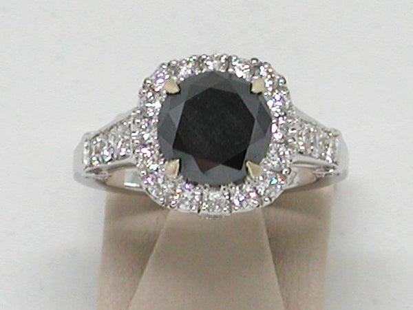 Diamond Engagement Ring  - 3.85 ct. – 18 K White Gold – size 56