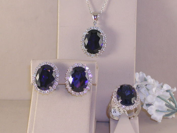 Diamond Ring Earrings and Pendant Set - Diamond and Blue Sapphire - 34.00 ct.