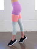 LADIES CUT AND SW CAPRI LEGGING