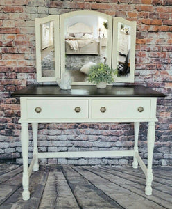 Leanne Vanity Desk With Bench