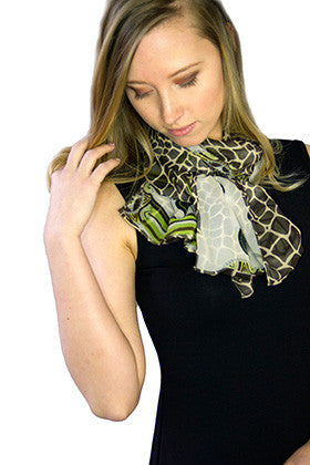 Classic Shadow Pattern Scarf - Green/Giraffe