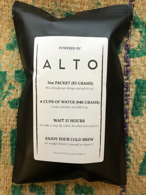 Black Sachet with coffee cold brew packet inside. Lable on pouch has brewing instructions as follows. Alto (name of compnany who does the packaging) 3oz packet (85 grams)We already got things started for you! 4 cups of water (946 grams) Grabs a pitcher and fill it up. Wait 12 hours. Got take a nap, fly a kites, do what you need to! Enjoy your cold brew! It's ready! Drink it yourself or share it!