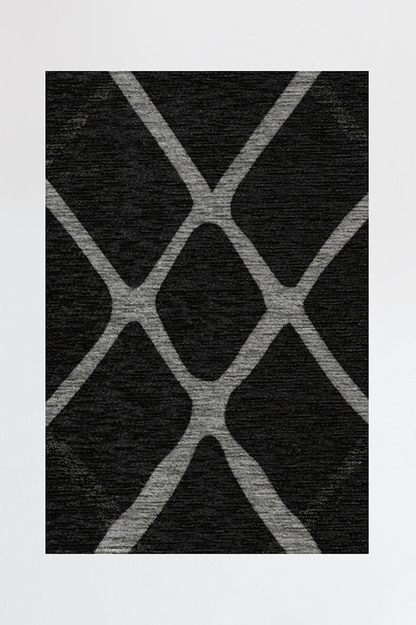 Machine Washable 2.5'x7' Amalia Black Rug