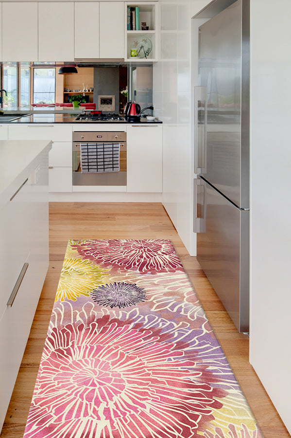 Machine Washable 2.5'x7' Chrysanthemum Brights Rug