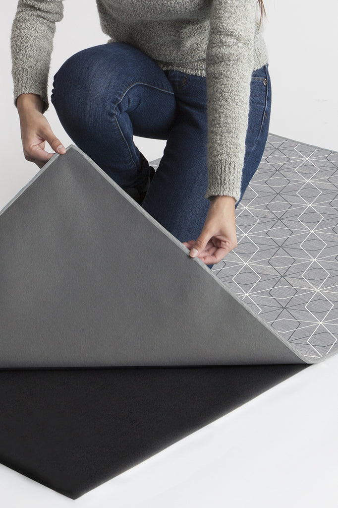 Machine Washable 8'x10' Geometrix Grey Rug