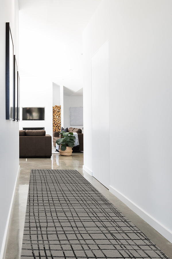Machine Washable 2.5'x7' Modern Grid Grey Rug