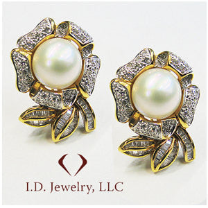 Baguette And Round Cut Flower Shape Pearl Earrings in 18K Yellow Gold -IDJ009326