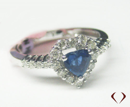 Sapphire and Diamond Ring in 18K White Gold -IDJ009608