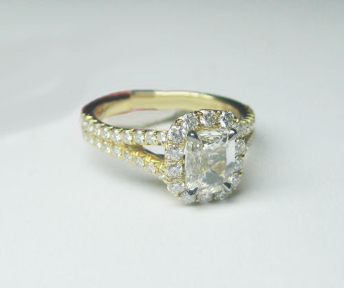 1.26 CT I VS1 Cushion Cut Halo Diamond Ring in 18KT Yellow Gold -IDJ013956