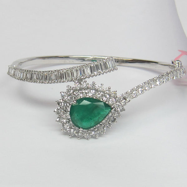 8.25CT Diamond and Emerald Bangle F SI 18KT White Gold -IDJ015235