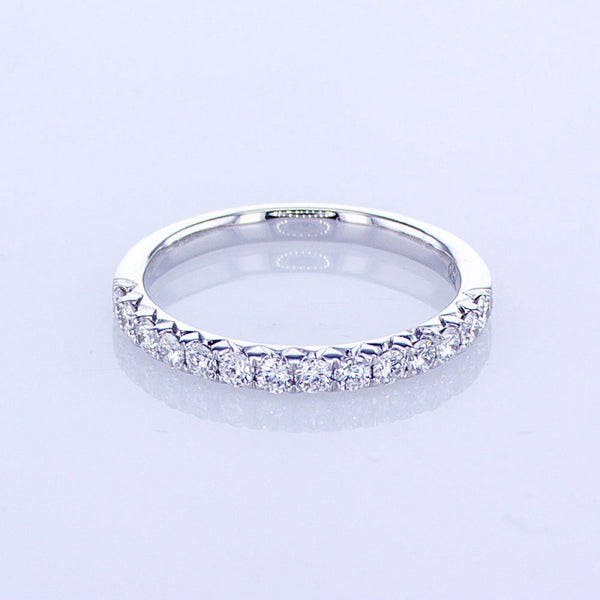 0.48CT 18KT WHITE GOLD WEDDING BAND WITH FRENCH CUT PRONGS 017714