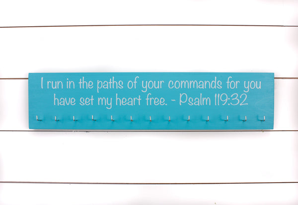 Medal Display - Christian Bible Verse Psalm 119:32 - Large