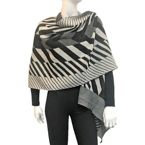 "NUNO One-Armhole Shawl: ""Arrow Feathers"" (White/Black)"