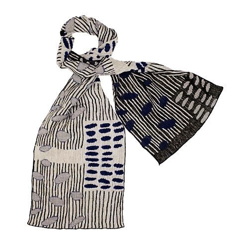 "NUNO Narrow Shawl: ""Bean Scatter"" (Blue/Black/White)"