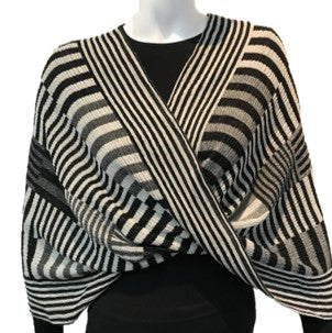 "NUNO Infinity Shawl/Shrug: ""Color Plates"" (White/Black)"