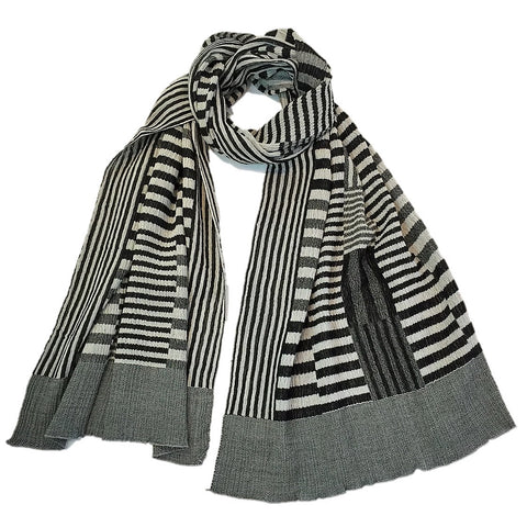 "NUNO Shawl: ""Color Plates"" (White/Black)"
