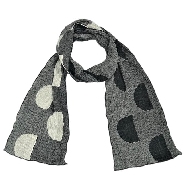 "NUNO Narrow Scarf: ""Pockets"" (White/Black)"