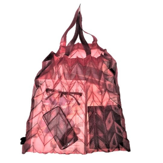 "NUNO Bag: ""Organdy Pleats"" (Crimson)"