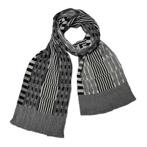 "NUNO Narrow Shawl: ""Rice Stubble"" (Black/White)"