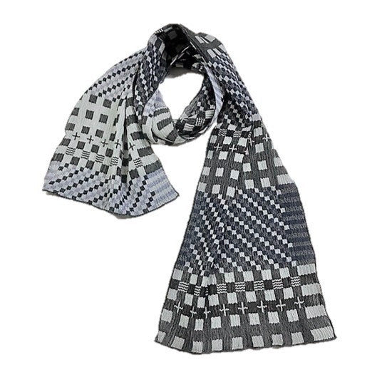 "NUNO Narrow Shawl: ""Tiles"" (Blue/Gray)"