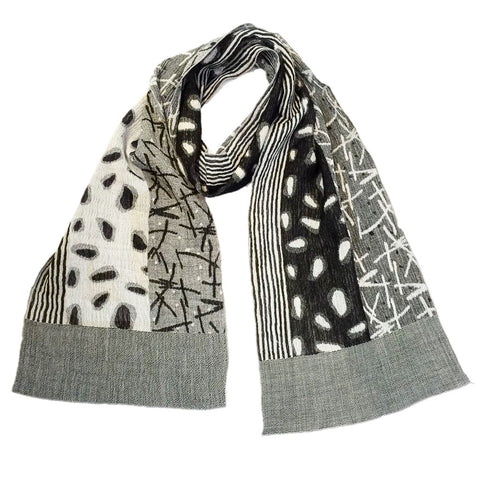 "NUNO Narrow Shawl: ""Watayuki"" (Black/White)"