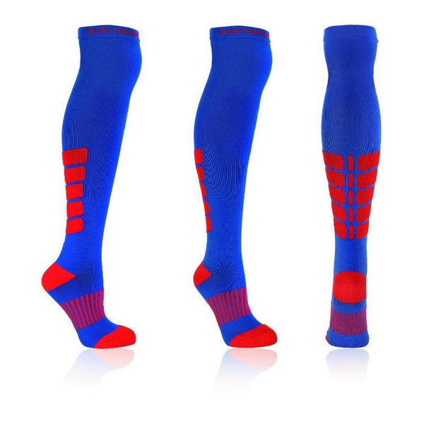 About. Gradiated compression and cushioning technologies have been implemented throughout the Hilly Peak Compression Knee High Trail Sock to accelerate the flushing of lactates from the lower leg and increase post workout recovery.