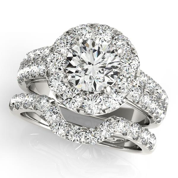 Oh the Night Round Shape Halo Engagement Ring