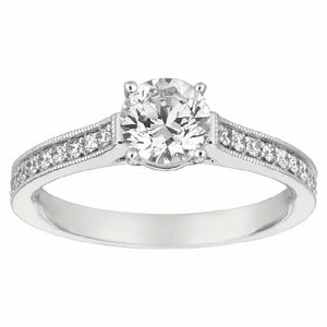 Engagement Ring in 14 Karat Gold and Diamonds