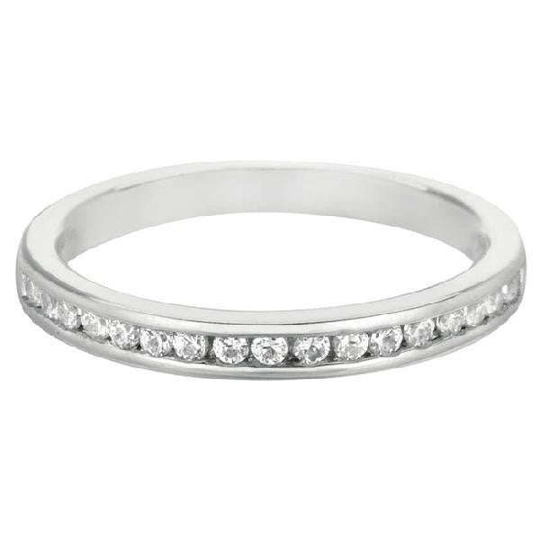 Band in 14 Karat White Gold and Diamonds