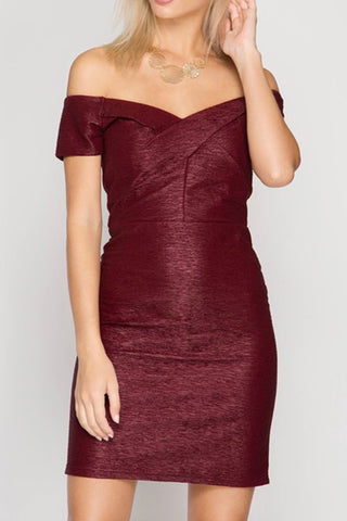 SHORT SLEEVE OFF SHOULDER TEXTURED BODYCON DRESS