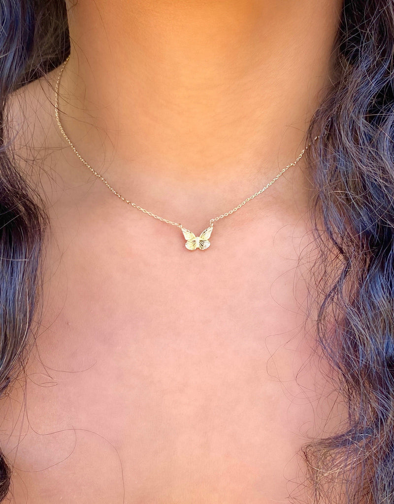 Dainty Butterfly necklace (silver)