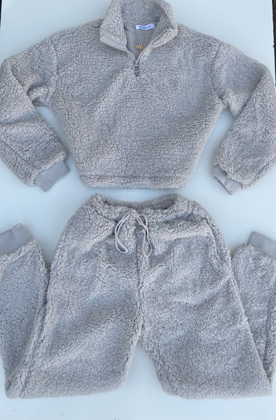 Cozied Up Set (grey)
