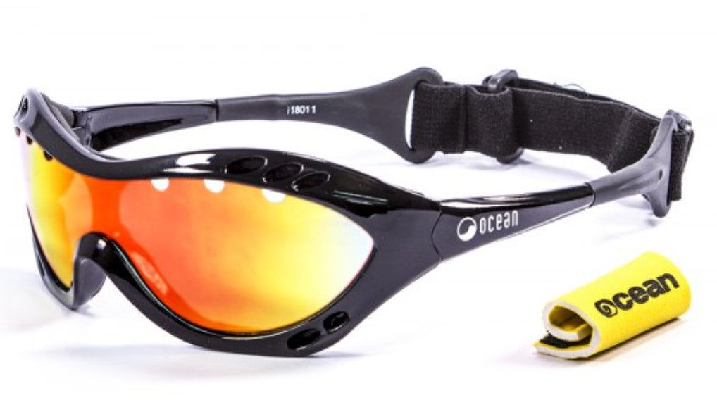 Ocean Costa Rica Polarised Sunglasses - Black with Revo lens