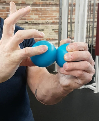 warming up your grip for bottoms-up kettlebell exercises