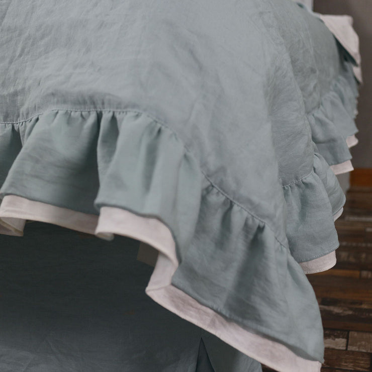Two Tones Frayed Ruffle Bedspread