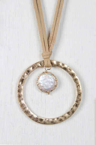 Fresh Water Pearl and Circle Pendant Necklace